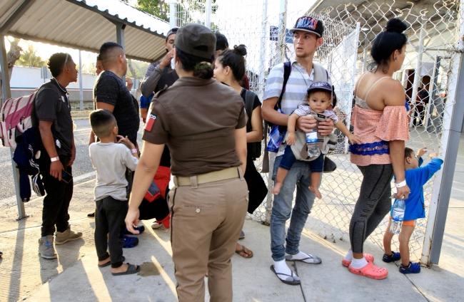 Inmigrantes hondureños buscan llegar a EEUU