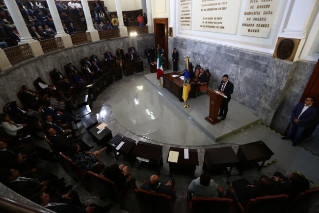 Congreso local de Jalisco realizan sesión solemne por el día de la Constitución