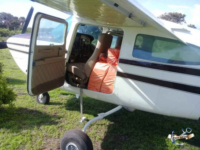 Aseguran avioneta en Mapastepec Chiapas, iba llena de droga