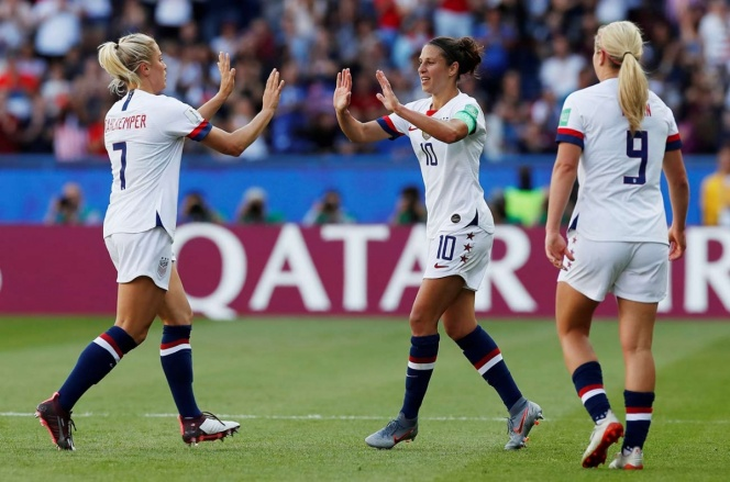 Estados Unidos a octavos en el Mundial Femenil
