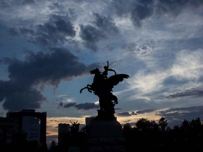 Valle de México seguirá nublado con tormentas