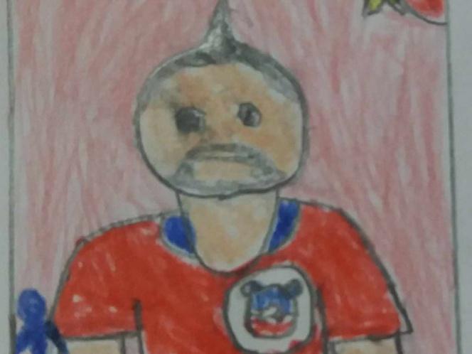 Niño dibuja estampas por no poder llenar su álbum de fútbol