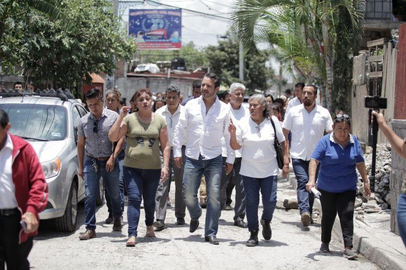 Recorre Antonio Villalobos colonias de Cuernavaca