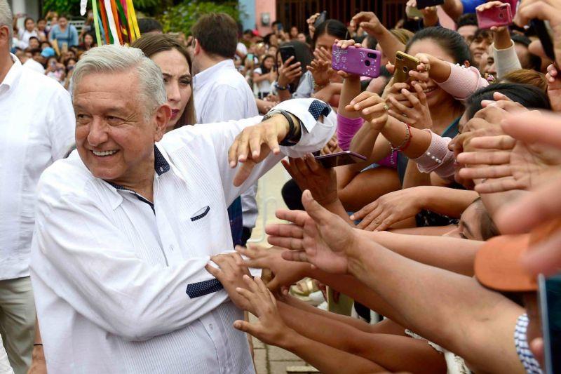 A López Obrador le urge regresar a las calles aunque sea irresponsable ya que no cumplirá con los protocolos de sanidad y sana distancia