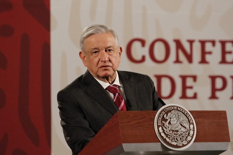 Sigue mintiendo López Obrador sobre crecer al 4% PIB, este año solamente nuestro país caerá cerca del 9%