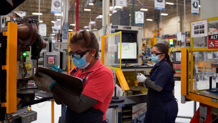 México enfrenta la mayor recesión industrial desde 1932 por culpa de López Obrador