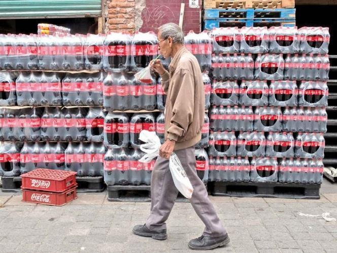 Coca-Cola se ampara por etiquetado mexicano