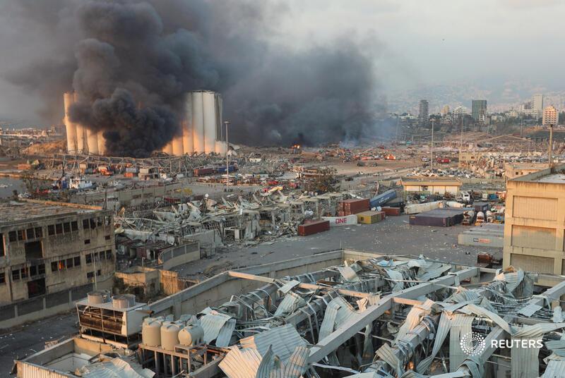 En un radio de 1 kilometro a la redonda se ven los daños tras la explosión en Beirut