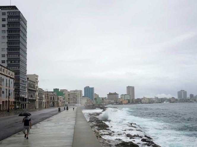 Aterriza en Cuba vuelo comercial tras 8 meses de cierre por COVID