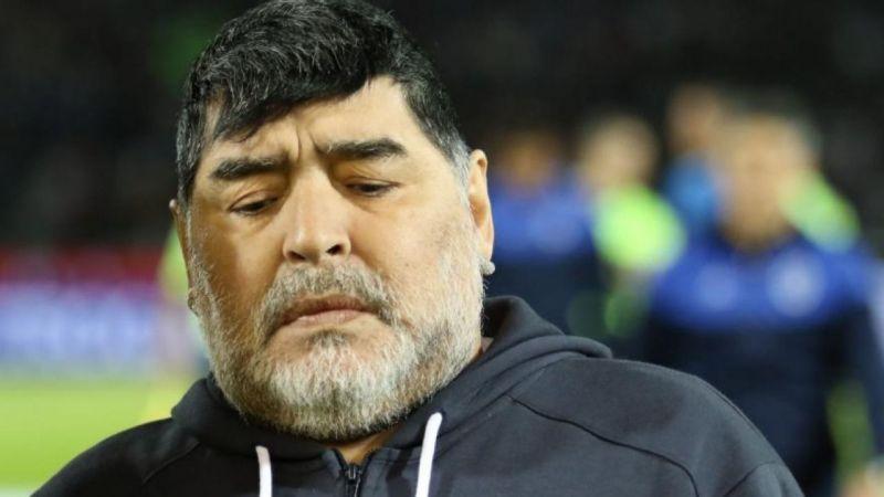 Diego Armando Maradona ha muerto