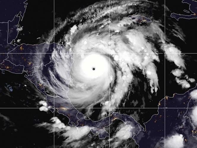 Huracán 'Iota' ya es categoría 4 y va a Centroamérica